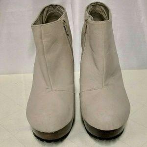 Shi by Jouneys Fall Platform High Heel Booties